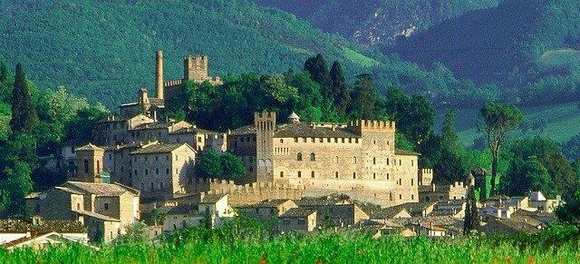 castello Caldarola